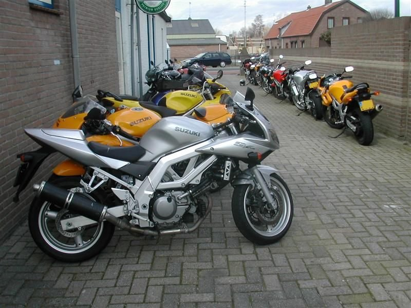 032-netjes_geparkeerd